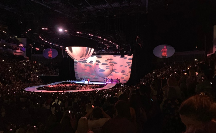 Ariana Grande: Sweetener World Tour at the O2 (Review)
